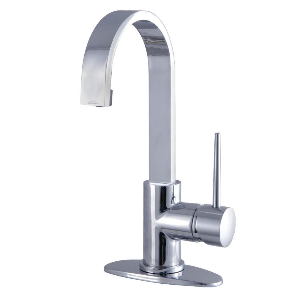 New York Single Hole Single-Handle Bathroom Faucet in Chrome