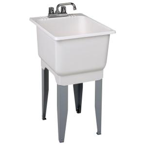 MUSTEE 18 inch x 23.5 inch Plastic Laundry Tub by MUSTEE