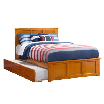 Madison Full Platform Bed with Matching Foot Board with Twin-Size Urban Trundle Bed in Caramel Latte