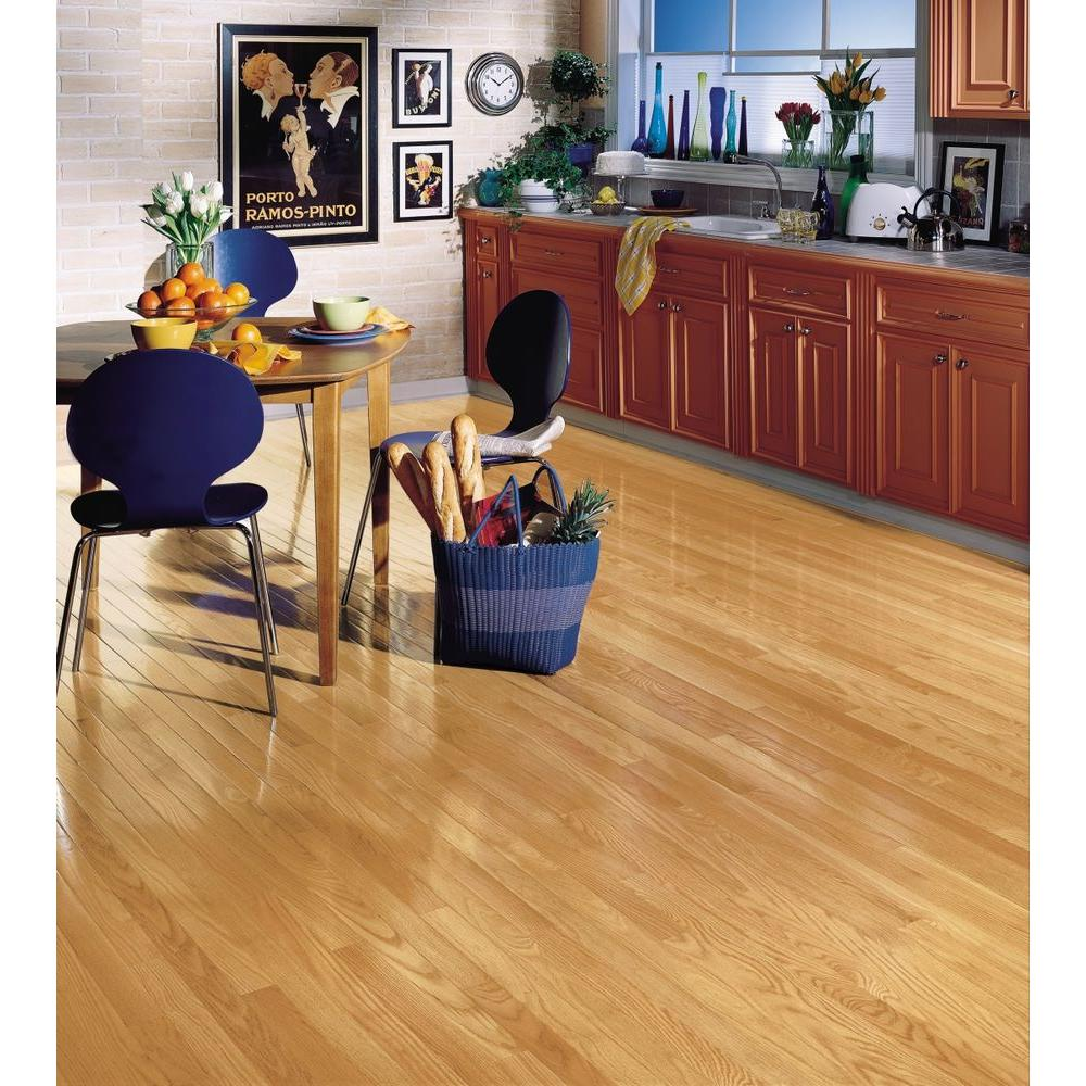 Bruce American Originals Natural Red Oak 3 4in T X 2 1 4 In W Varying L Solid Hardwood Flooring 20 Sq Ft Case