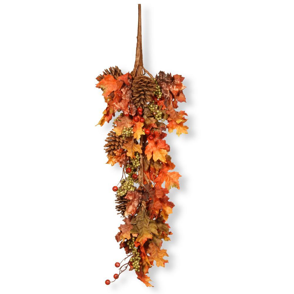 35 in. Maple Teardrop with Pumpkins