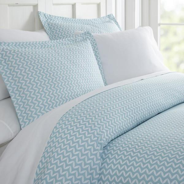 Becky Cameron Puffed Chevron Patterned Performance Light Blue King 3-Piece Duvet