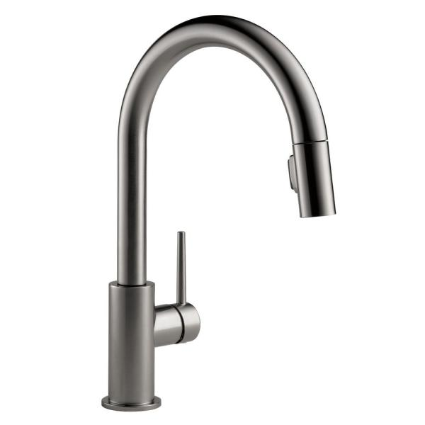 Trinsic Single-Handle Pull-Down Sprayer Kitchen Faucet with MagnaTite Docking in Black Stainless