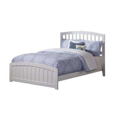 Richmond White Full Traditional Bed with Matching Foot Board