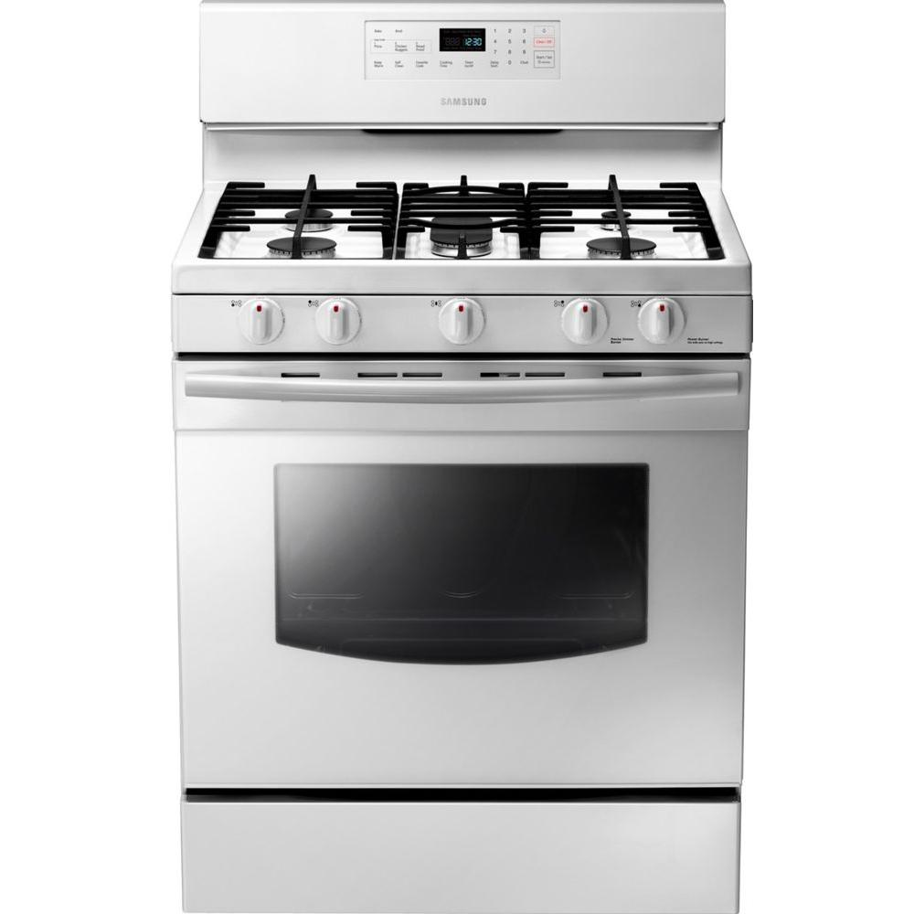 Samsung 30 in. 5.8 cu. ft. Gas Range with Self-Cleaning Oven and 5 Burner Cooktop with Griddle in White