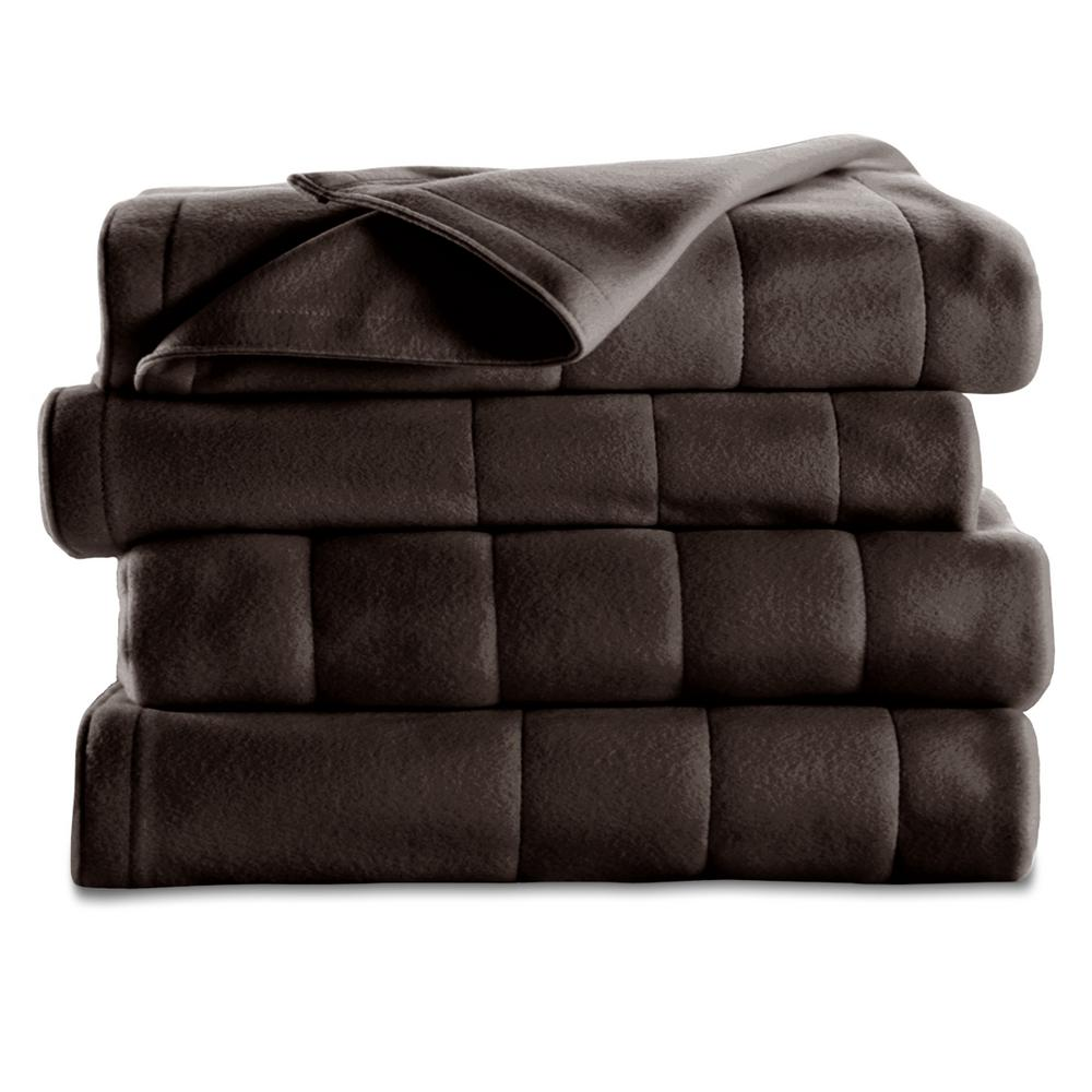 Sunbeam Quilted Fleece Full Heated Blanket In Garnet