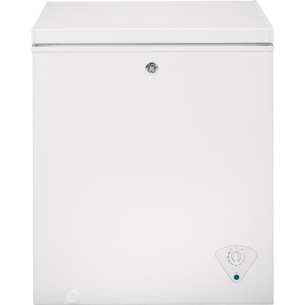 ge 5 0 cu ft manual defrost chest freezer in white fcm5skww the rh homedepot com Kenmore Gas Range Kenmore Gas Range