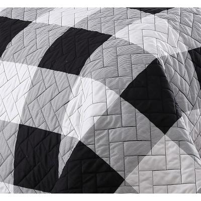Buffalo Plaid 7-Piece Black and White King Bed in a Bag